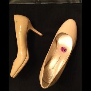 Étienne Aigner brand new shoes size 8,5